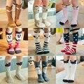 EN VENTAS!!!!!! Nuevo Otoño Invierno de La Rodilla Del Bebé altos Calcetines Para Niños de Niños y Niñas Calcetines de algodón Animal C000