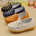 Kids mocassim sapatos primavera crianças meninos meninas sapatos casuais tendão nas Peas finais rebite sapatos de couro crianças de moda bebê