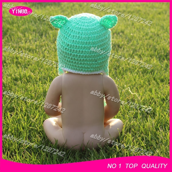 610dc4d4406 Free shipping new catoon star wars crochet hat green monster style knit  children animal hats-in Hats   Caps from Mother   Kids on Aliexpress.com
