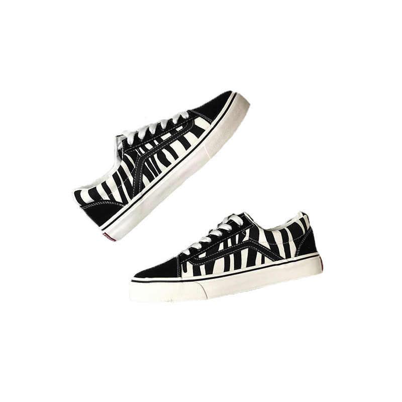 2019 ฤดูใบไม้ผลิใหม่ลวงตาผ้าใบเสือดาวรองเท้า retro zebra รูปแบบรองเท้าแฟชั่นนักเรียนแบนรองเท้ารองเท้าผู้หญิง