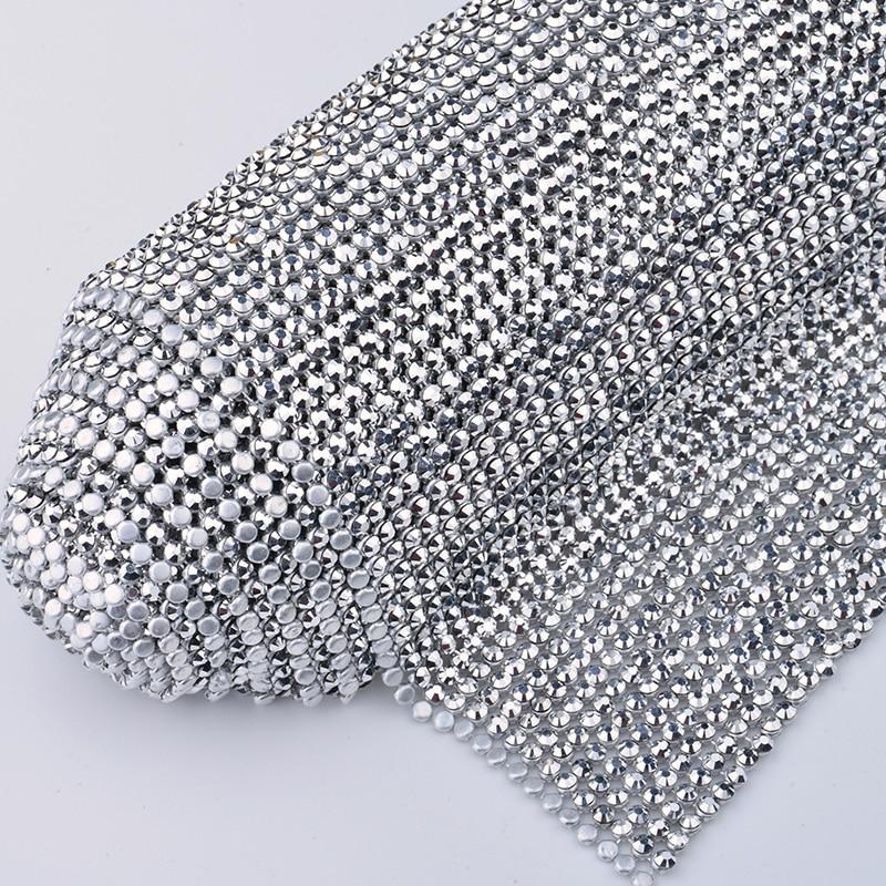JUNAO 45x120cm kolor srebrny kryształ tkaniny żywicy dżetów Mesh wykończenia metalowy aluminiowa podstawa Strass rolki na ubrania sukienka rzemiosło w Kryształy górskie od Dom i ogród na  Grupa 2