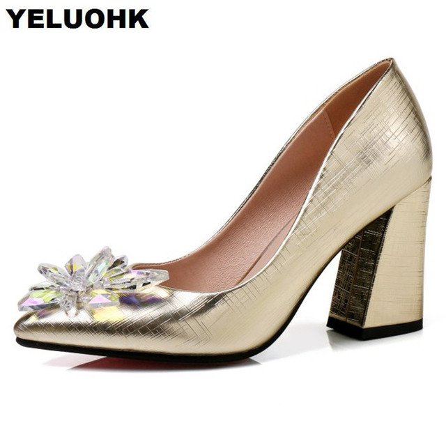 Large Size Rhinestion Wedding Shoes For Women Fashion Pointed Toe Ladies  Shoes Thick Heel Bridal Shoes Pumps ce651e421553