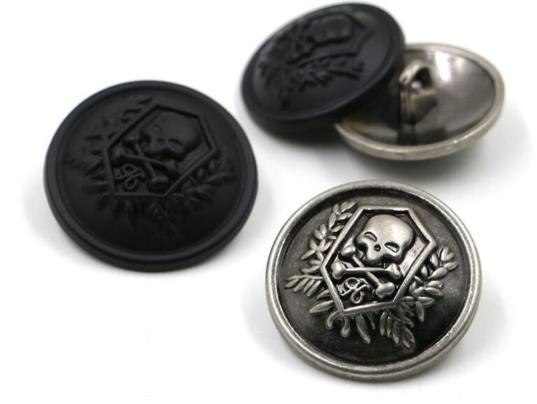 Freeshipping 100pcs 15mm-25mm Skull Head Buttons silver Black Men coat buttons Metal Fashion shank Buttons Sewing Accessories