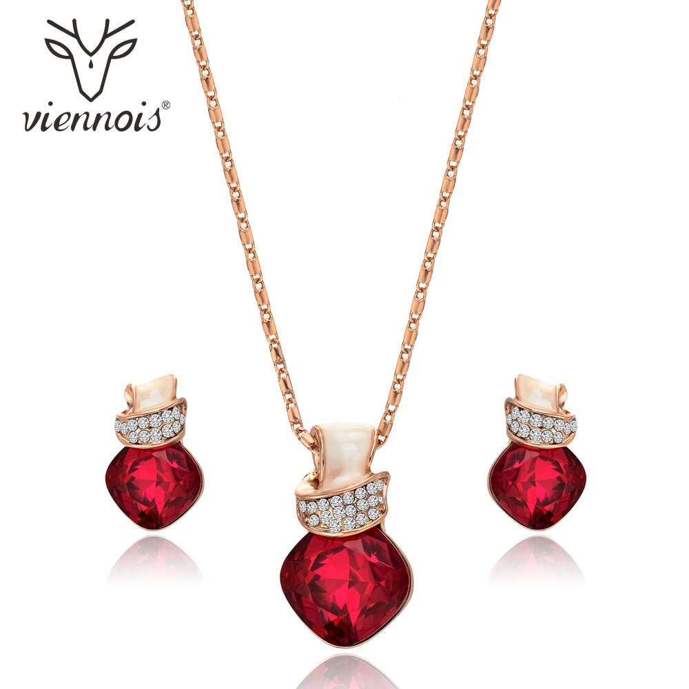 Viennois Fashion Red Crystal Women Jewelry Sets Trendy Dangle Earrings And Pendant Chain Necklace Sets Christmas trendy red lip embellished black pendant faux leather sweater chain necklace for women