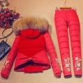 2016 Chaqueta de Invierno Mujeres abajo abrigo de pieles con capucha chaleco de down abrigos traje espesar chaleco + pant + ropa interior de las mujeres pantalones de vestir exteriores establecidos