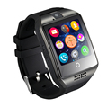 2016 tarjeta tf cámara smartwatch q18 reloj de pulsera con pantalla táctil bluetooth moda smart watch para el móvil android