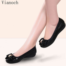 2019 New Fashion Womens Flats Slip On Shoes Soft Loafers Leather Woman Size 40  wo1808195