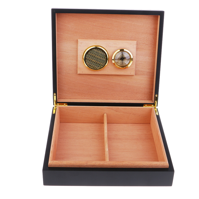 Spain Cedar Wood Cigar Humidor Set with Hygrometer