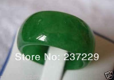 ร้อนขาย>@@ขายส่งราคาS ^^^^ AAAธรรมชาติสีเขียวหยกเครื่องประดับแหวน