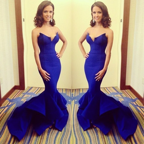 2017 New Emmy Neck Satin Royal Blue Elegant Prom Dresses Evening Gown Mermaid With Ruffles Bottom