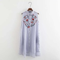 2017 Europe And The United States Style Spring Fashion Style Classic Trend Striped Flowers Embroidery Intellectual