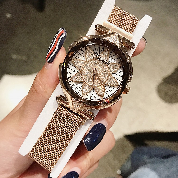 New Big Dial Fashion Watches Office Lady Beautiful Clocks Flower Shape Hours Light Luxury Style Women Wristwatches Hot Sales