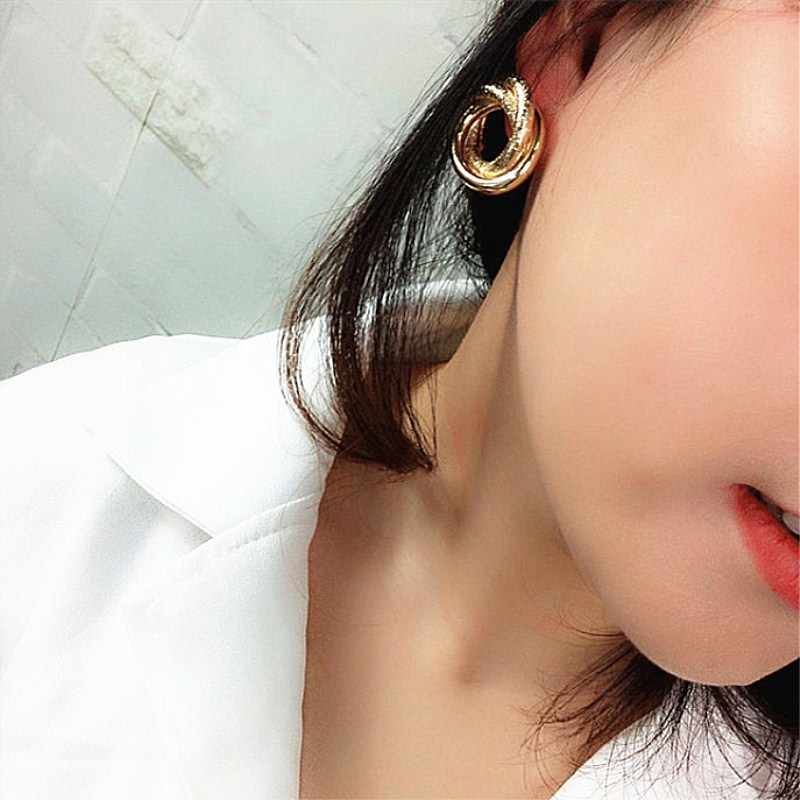 New Geometric Irregular Round Twisted Tube Stud Earrings for Women Punk Vintage Statement Charm Earring Party Accessories Bijoux
