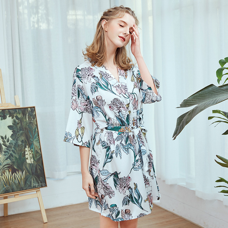 2019 Bathrobe Women Floral Kimono Mujer Silk Robes For Brides Bridesmaid Robes Satin Print Sleepwear Long Wedding Robe