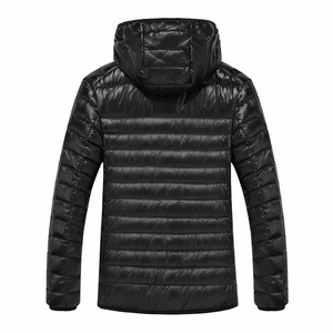 Image 3 - NewBang Marke 8XL 9XL 10XL männer Unten jacke Ultra Licht Unten Jacke Männer Leichte Feder Mit Kapuze Warme Tragbare Winter mantel