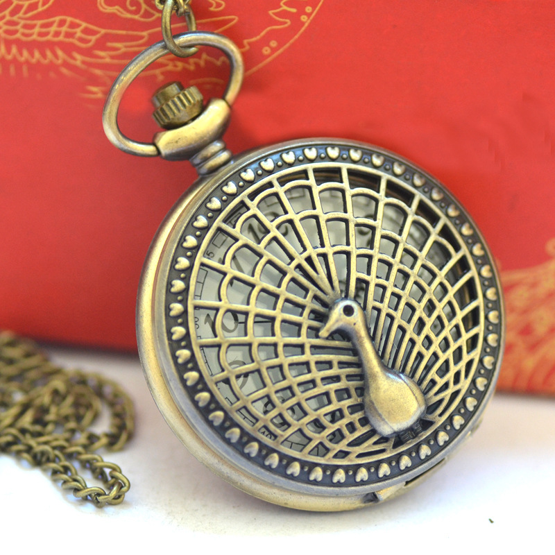 Fashion Vintage Accessories The Large Graceful Noble Retro Vintage Bronze Carved Peacock  Pocket Watch With Chain