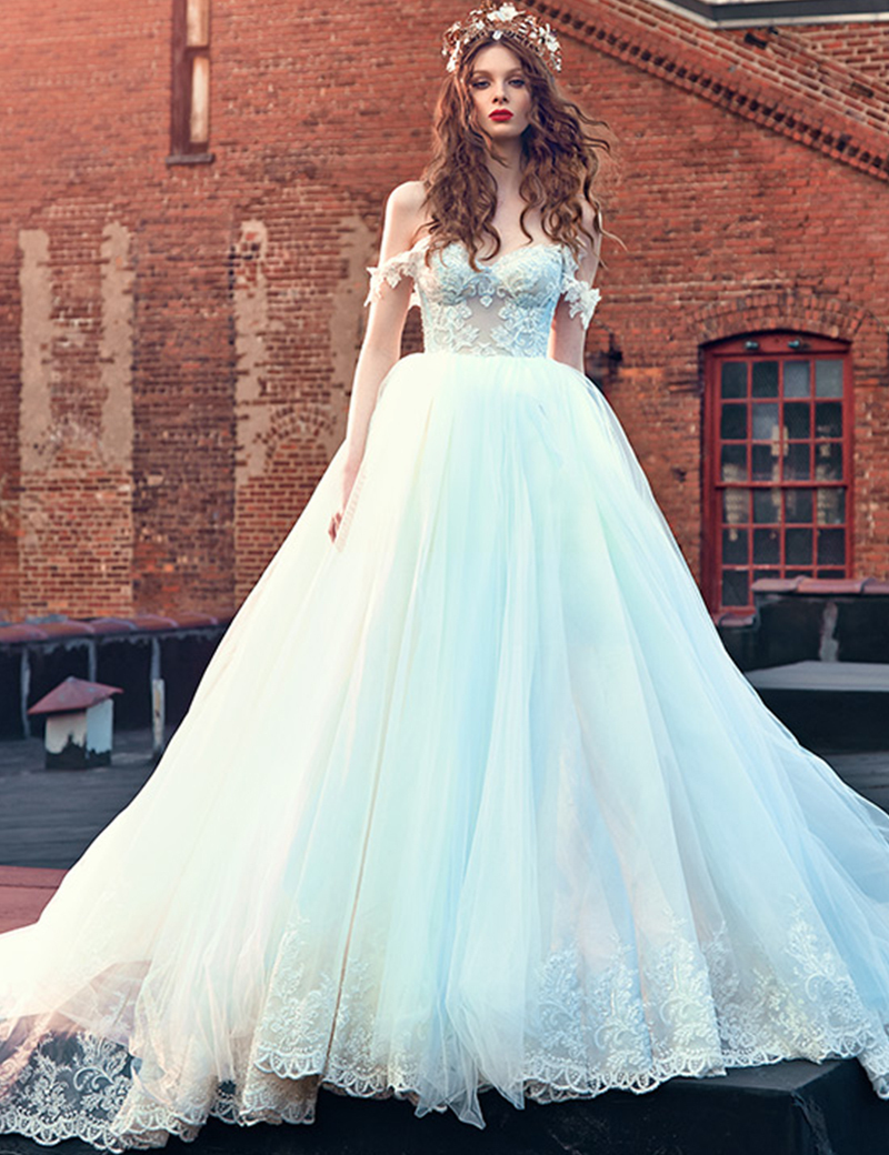 New Romantic Ball Gown Wedding Dress Lace Up back Design Sweetheart ...