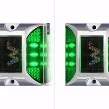 2x Солнечный свет Дорожная разметка зеленый дорожный мигающий свет один пакет