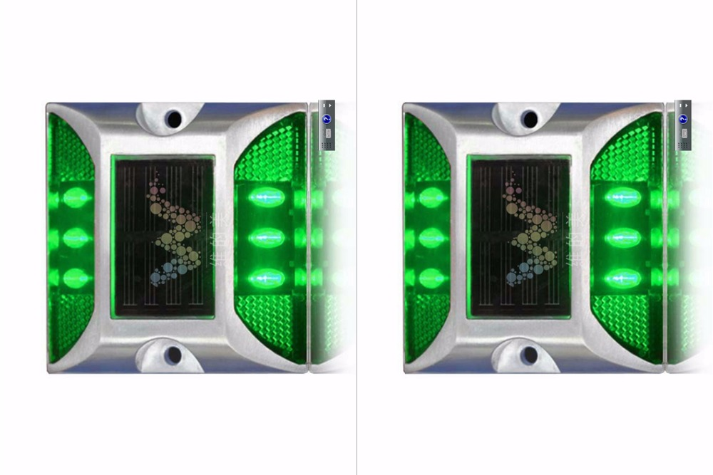 2X Solar Powered LED Road Stud Green Road Flashing Light One Pack