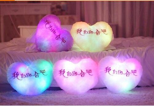 Бесплатная Доставка LED светоизлучающие Огни Творческий Плюшевые Любовь Стиль День святого валентина Подарок Подушку