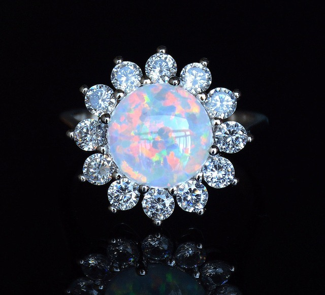 Beautiful white fire opal wedding ring for lady USA SIZE 7 8 10in