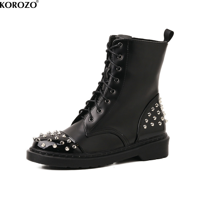 2017 Women Designer Flat Boots Mental Rivets Martin Boots Lace Up Motorcycle Combat Booties Chiara Ferragni beango front lace up women biking boots do old leather vintage style long boots rivets motorcycle martin boots
