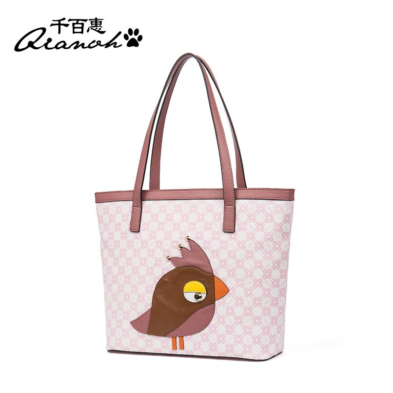 2017 autumn and winter new large-capacity Tote bag Personality fashion package Simple handbag 2017 new european and american large capacity foreign trade ladies package simple retro handbag fashion trend tote shoulder bag