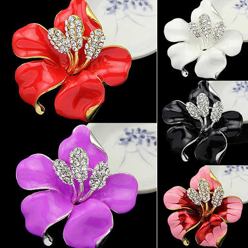 Hot Sales Bridal Wedding Jewelry Pretty Lily Rose Brooch Crystal Rhinestone Pins Gift  C7ZA