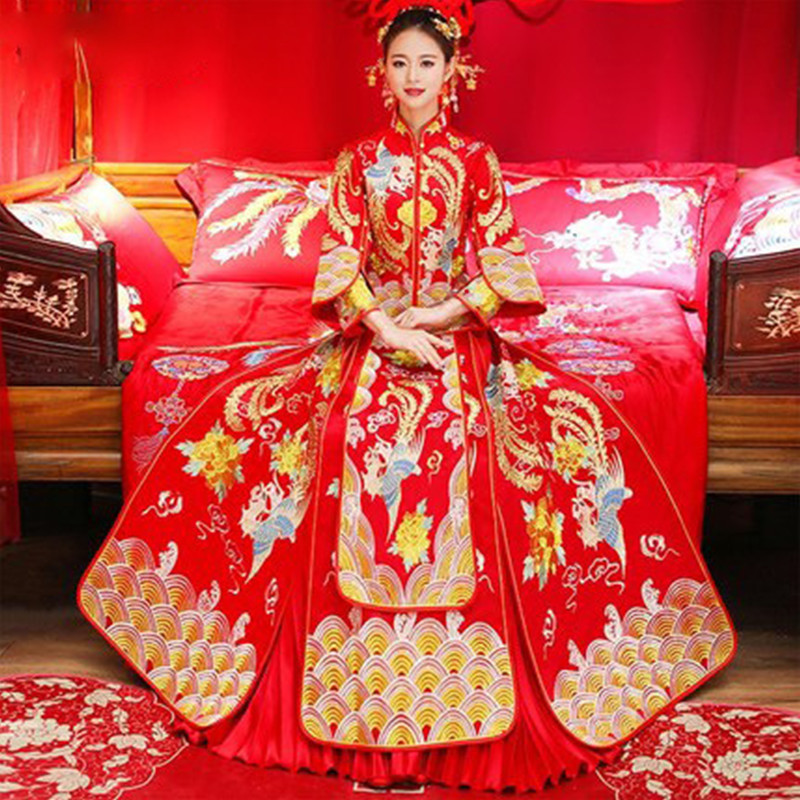 Bride Traditional Women Chinese Wedding Qipao Loose Cheongsam Red Oriental Dresses Embroidery Dragon Phoenix Clothing