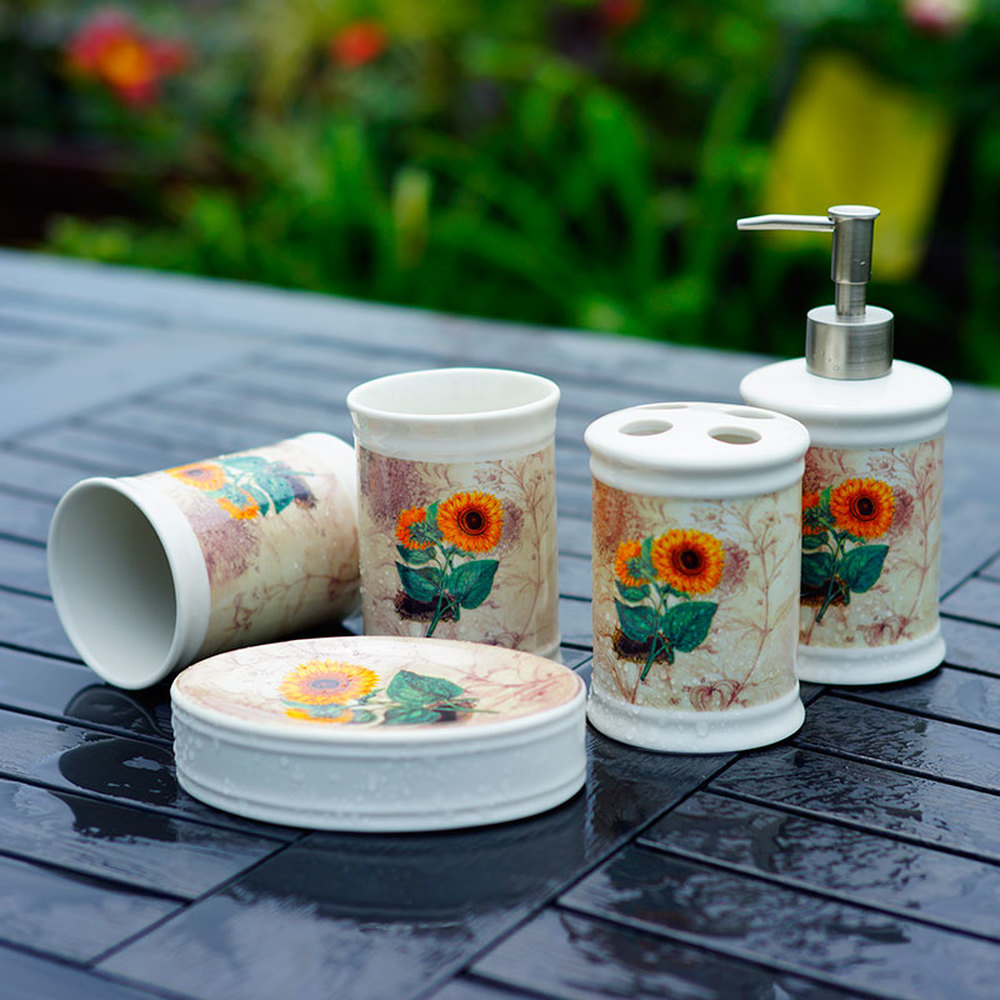 Nordic gargle cup set sanitary ware bathroom suite bathroom suite ceramic body sunflower 5 piece set. lo88156 simple bathroom ceramic wash four piece suit cosmetics supply brush cup set gift lo861050