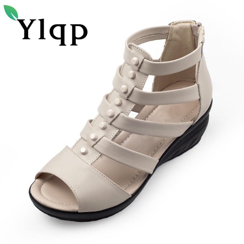 In 2018 the new comfortable wedge heel leather women sandals with leather shoes retro cowhide older fish mouth of Rome in the summer of 2016 the new wedge heels with fish in square mouth denim fashion sexy female cool shoes nightclubs