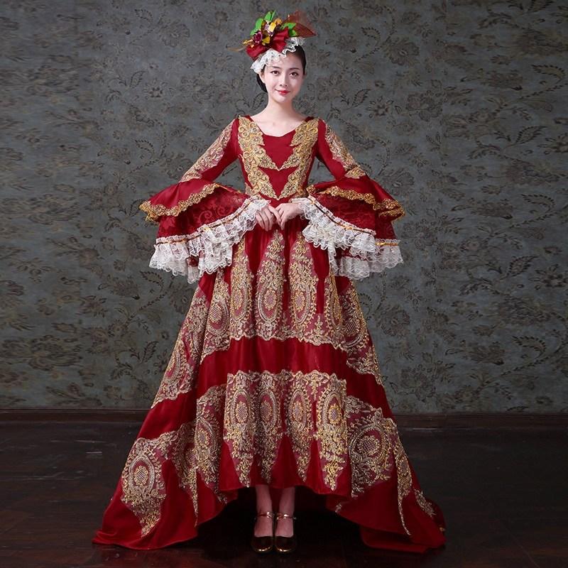 Offre spéciale 2017 v-cou manches longues évasées rouge Satin cour européenne parole-longueur longues robes de soirée or broderie stade robe de bal