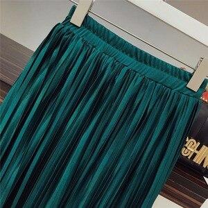 Image 3 - 2019 conjunto duas peças de camiseta e saia plissada, com lantejoulas e malha de retalho império, sólida veludo, moda de rua alta