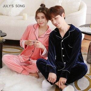 Image 1 - JULYS SONG Pijama de otoño e invierno para hombre y mujer, ropa de dormir de manga larga con Top y pantalones de terciopelo dorado