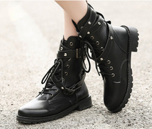 2016 Autumn Winter Fashion Women Motorcycle Shoes Martin Boots British Style Gothic Punk Thick Warm Black Shoes Plus Size 35-42