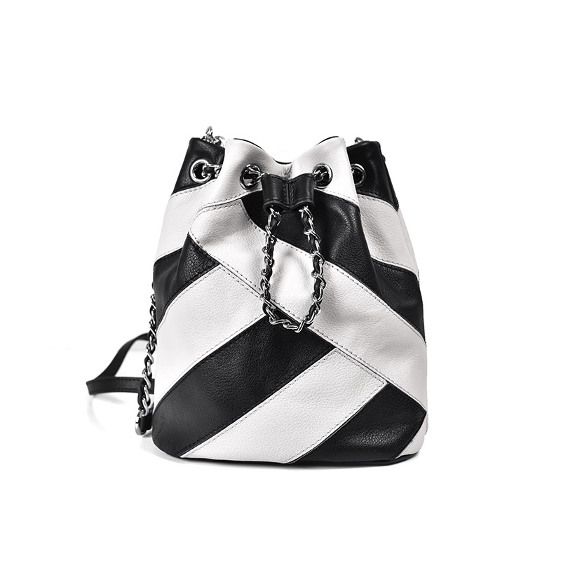 LOEIL Contrast leather bucket bag female new chain slung shoulder bag small black and white zebra stripes loeil autumn and winter leather cylinder bag female 2018 new cowhide round shoulder slung small bag portable