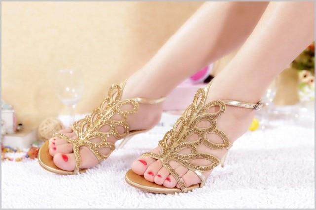 2016 New Luxury Fashion Gold Rhinestone Stiletto Heel Summer Sandals Sexy Bride Wedding Dress Shoes Lady Formal Dress Sandals brand new 2018 luxury rhinestone sexy