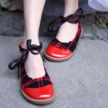 Artmu Original New Retro Sweet Plaid Shallow Mouth Women Shoes Lace-up Round Toe Flat Sole Leather Handmade Black and Red