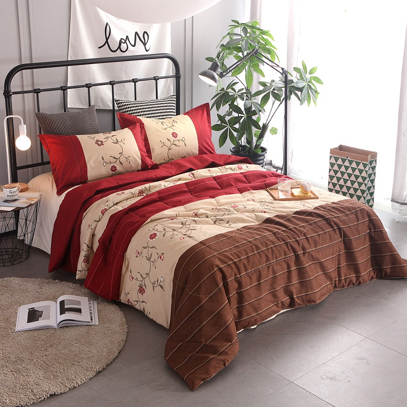 2019 New Bedding Set Floral Printed Air Condition Summer Quilt Comforter Queen Blankets Patchwork Bed Cover with Pillowcases