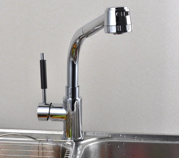 pull out shower head High quality chrome finish hot and cold single lever brass kitchen faucet
