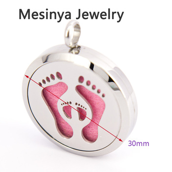 10pcs mesinya baby's feet (30mm) Aromatherapy / 316L s.steel Essential Oils Perfume Diffuser Locket Necklace mother's day gift