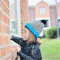 Chapéu do bebê Tampas para Meninas Crianças Crochet Gorros Bola De Pêlo Do Bebê Meninos chapéus Do Inverno Do Bebê Caps com pom pom Malha chapéus 2-8 Anos de idade