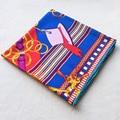 130x130 de Dibujos Animados Patrón de la Tela Cruzada Del Aro Mujeres Bufanda de Seda Foulard Pañuelo de Color Brillante Nuevo