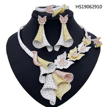 Yulaili Dubai Jewelry Sets Flower Type Silver Color Crystal jewelry Nigerian Wedding African Beads Ethiopian Bridal Accessories