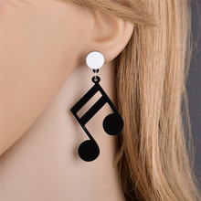 1pair Hip hop style music symbol earrings Asymmetric note earring ear ornament Metal material street fashion accessories