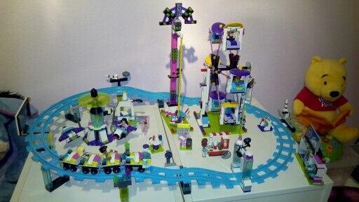 Model building kits compatible with lego city girls friend Amusement Park 3D blocks Educational model building toys 01008