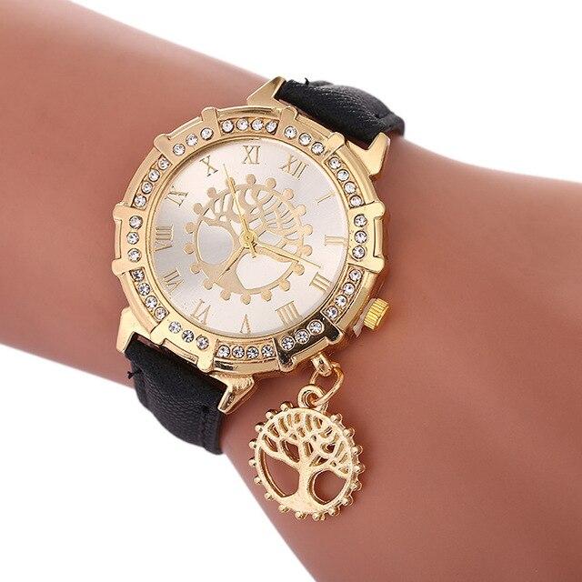 2018 New Women Bracelet Watch Tree of Life Pattern Ladies Watches Fashion Diamon