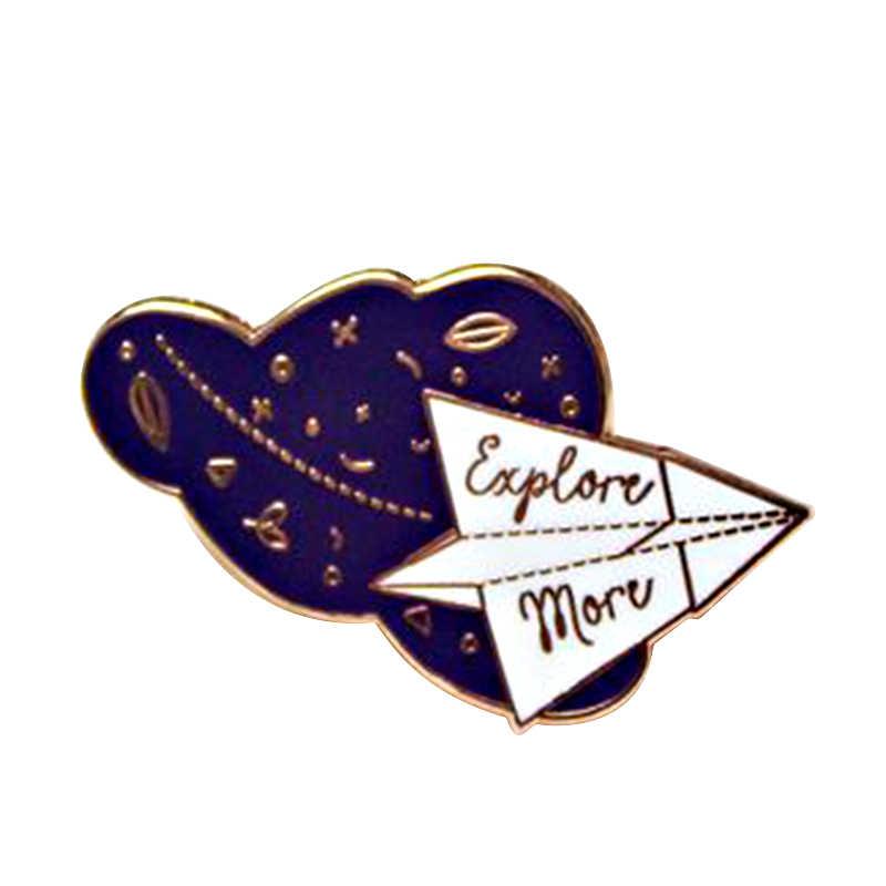 探索よりスペースブローチ紙飛行機クラウドバッジ折り紙アートピン銀河天文学ギフト