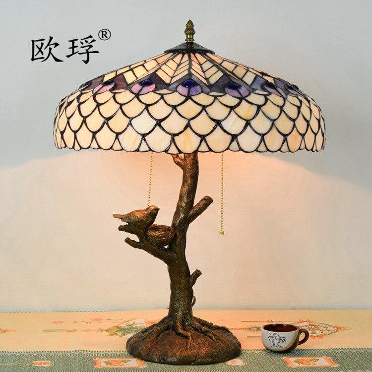 Европейский стиль белое стекло Тиффани Павлин птица настольная лампа гостиная столовая спальня исследование декоративные лампы