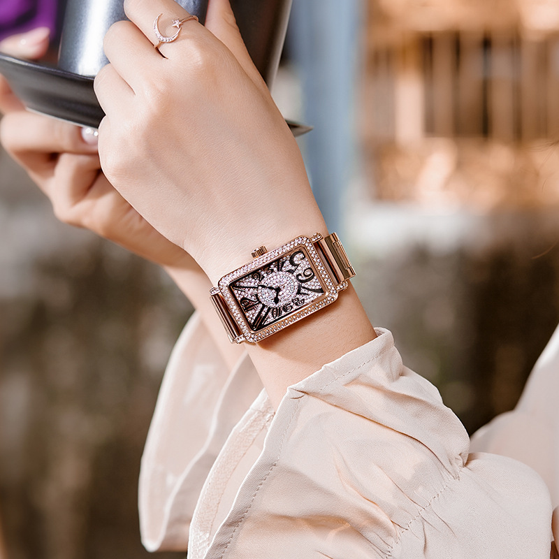 2019 Top Luxe Dames Horloge Vrouwen Mode Rose Goud Quartz Jurk Horloge Nieuwe Strass Vierkante Casual Vrouwen Horloges reloj mujer-in Dameshorloges van Horloges op  Groep 3